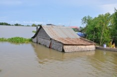 floods-cambodia-20131.jpg?w=620